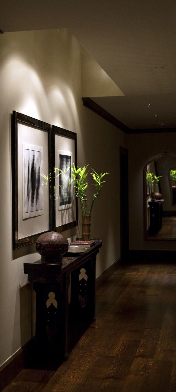 Gallery 004B